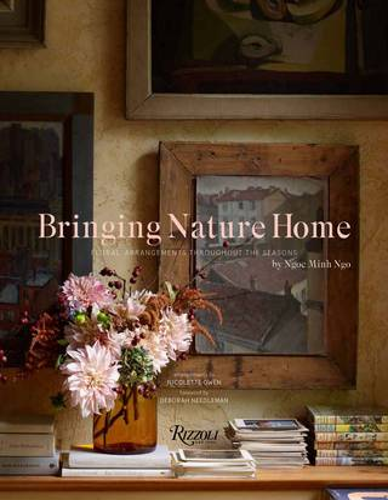 Bringing Nature Home: Floral Arrangements Inspired by Nature (Hardback)