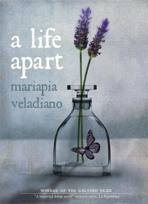 A Life Apart (Hardback)