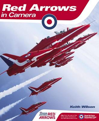 Red Arrows in Camera (Hardback)