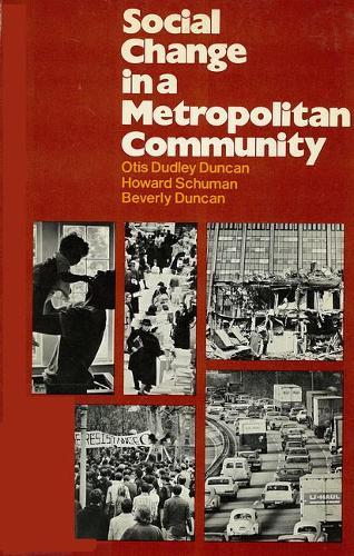 Social Change in a Metropolitan Community (Paperback)