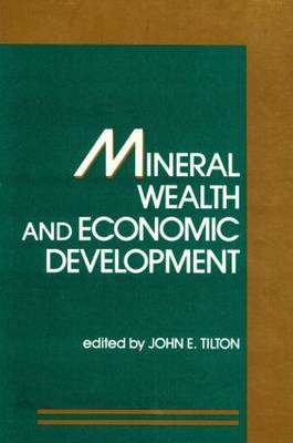 Mineral Wealth and Economic Development (Paperback)