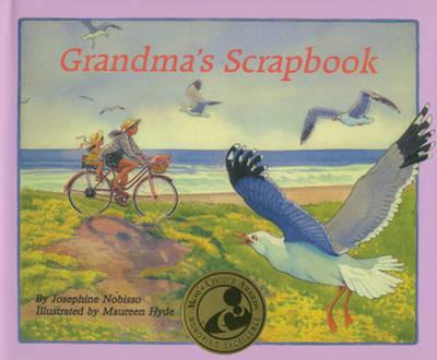 Grandma's Scrapbook (Hardback)