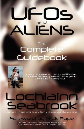 UFOs and Aliens: The Complete Guidebook (Paperback)
