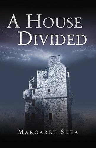 A House Divided - Munro Scottish Saga 2 (Paperback)