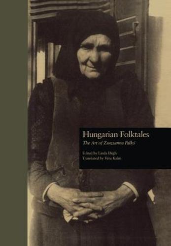 Hungarian Folktales: The Art of Zsuzsanna Palk- (Paperback)