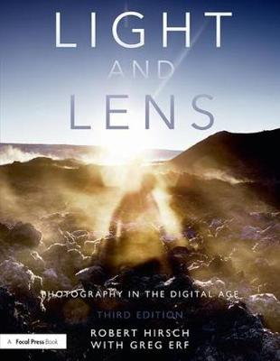 Light and Lens: Photography in the Digital Age (Paperback)