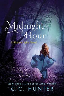 Midnight Hour: A Shadow Falls Novel (Paperback)