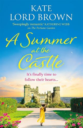 A Summer at the Castle (Paperback)