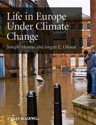 Life in Europe Under Climate Change (Paperback)