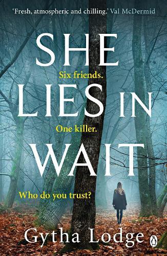 She Lies in Wait (Paperback)