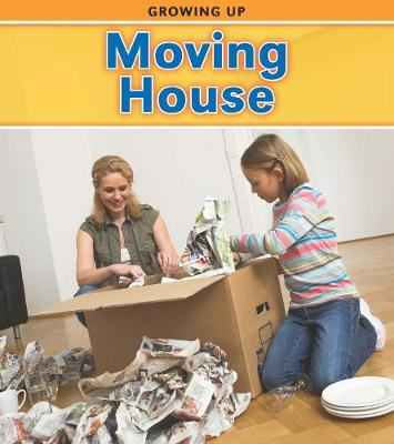 Moving House - Read and Learn: Growing Up (Paperback)