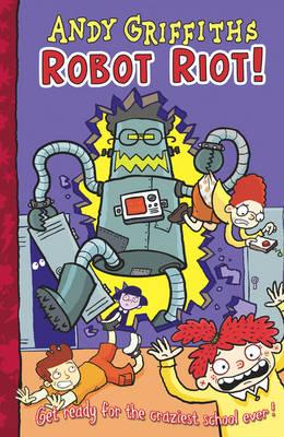Robot Riot! (Paperback)