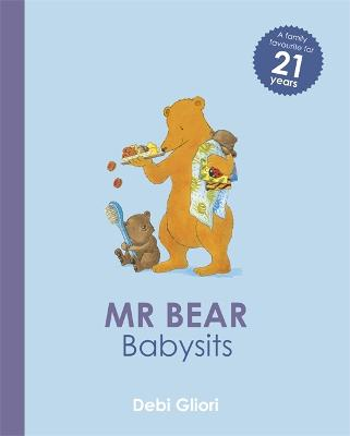 Mr Bear: Mr Bear Babysits - Mr Bear (Paperback)