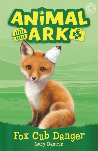 Animal Ark, New 3: Fox Cub Danger: Book 3 - Animal Ark (Paperback)