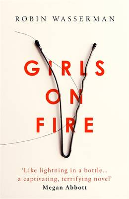 Girls on Fire (Hardback)