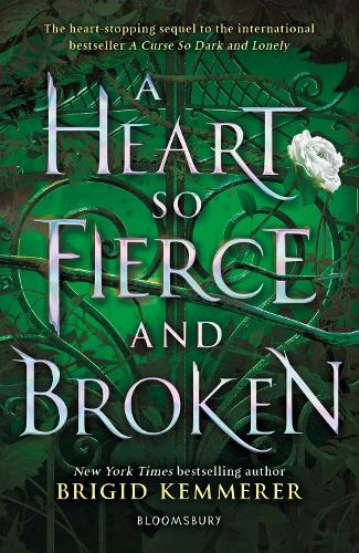 A Heart So Fierce and Broken - The Cursebreaker Series (Paperback)