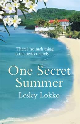 One Secret Summer (Paperback)