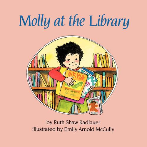 Molly at the Library (Paperback)