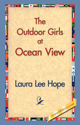 The Outdoor Girls at Ocean View (Paperback)