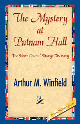 The Mystery at Putnam Hall (Paperback)