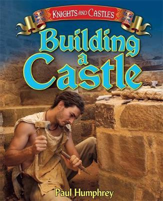 Building a Castle (Paperback)
