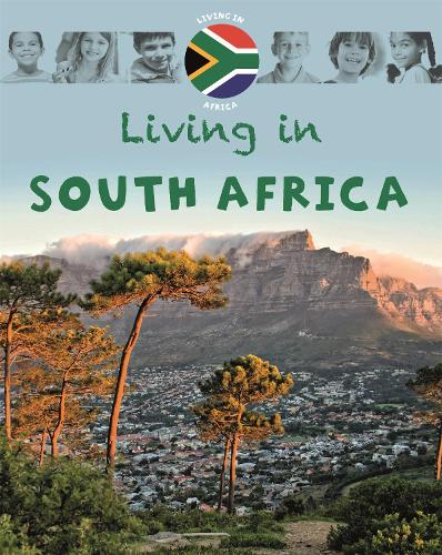Living in Africa: South Africa - Living In (Paperback)