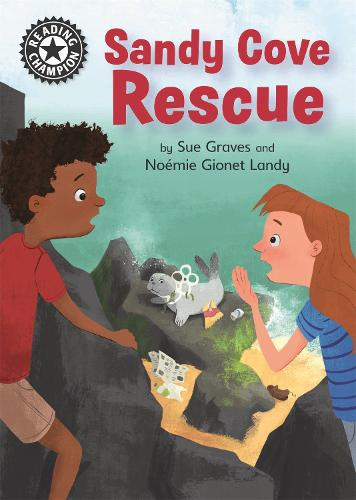 Reading Champion: Sandy Cove Rescue: Independent Reading 13 - Reading Champion (Paperback)