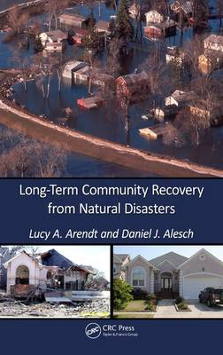 Long-Term Community Recovery from Natural Disasters (Hardback)