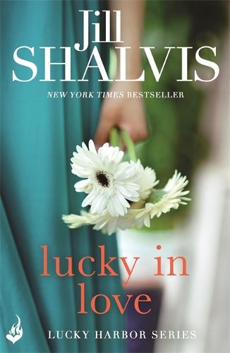 Lucky In Love: Lucky Harbor 4 - Lucky Harbor (Paperback)