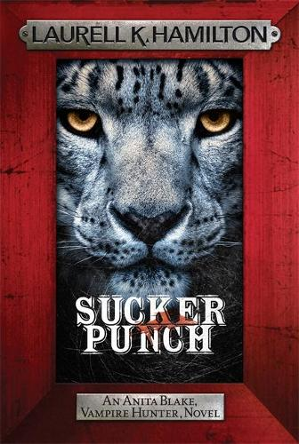 Sucker Punch: Anita Blake 27 - Anita Blake, Vampire Hunter, Novels (Paperback)