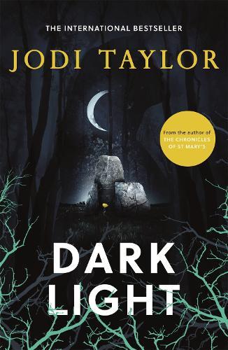Dark Light: A twisting and captivating supernatural thriller (Elizabeth Cage, Book 2) - Elizabeth Cage (Paperback)