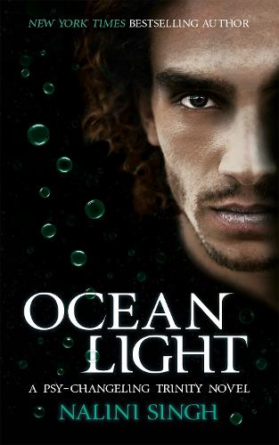 Ocean Light: Book 2 - The Psy-Changeling Trinity Series (Paperback)