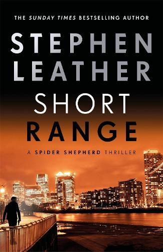 Short Range - The Spider Shepherd Thrillers (Hardback)