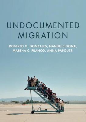 Undocumented Migration (Hardback)