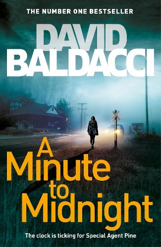 A Minute to Midnight - Atlee Pine series (Hardback)