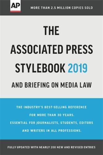 The Associated Press Stylebook 2019: and Briefing on Media Law (Paperback)