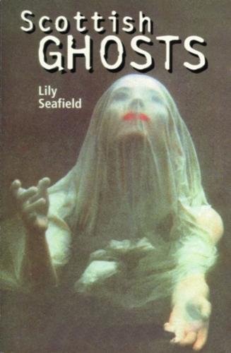 Scottish Ghosts (Paperback)