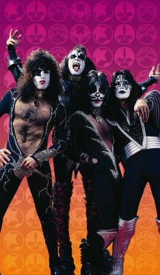 Kiss Volume 2: Return Of The Phantom (Paperback)