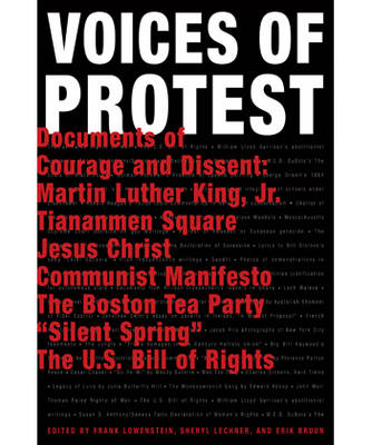 Voices of Protest: Documents of Courage and Dissent (Hardback)