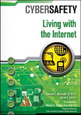 Living with the Internet (Hardback)