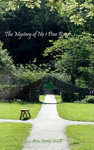 The Mystery of No 1 Pine Road (Paperback)
