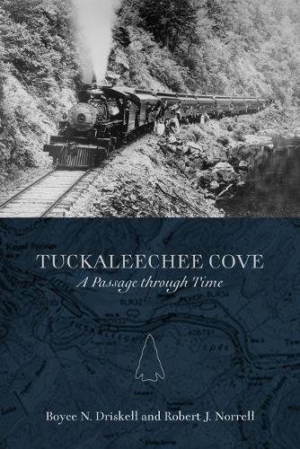 Tuckaleechee Cove: A Passage through Time (Paperback)
