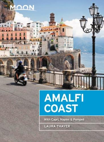 Moon Amalfi Coast (First Edition): With Capri, Naples & Pompeii (Paperback)