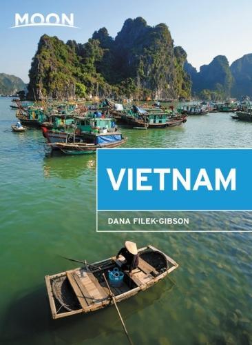 Moon Vietnam (Second Edition) (Paperback)