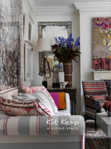 A Living Space (Hardback)