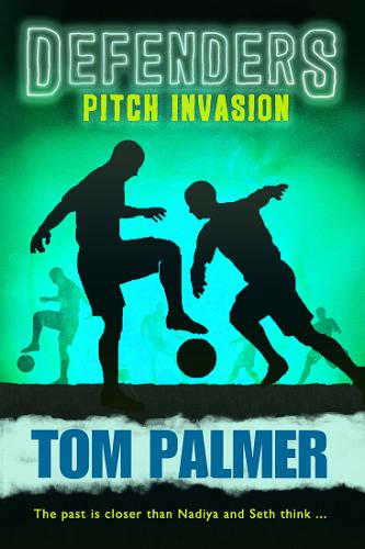 Pitch Invasion: Defenders (Paperback)