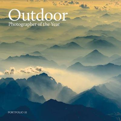 Outdoor Photographer of the Year: Portfolio III (Hardback)