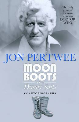 Moonboots and Dinnersuits (Paperback)
