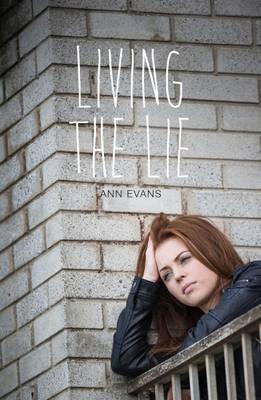 Living the Lie - Teen Reads V (Paperback)