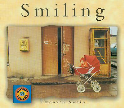 Smiling - Small World S. (Paperback)